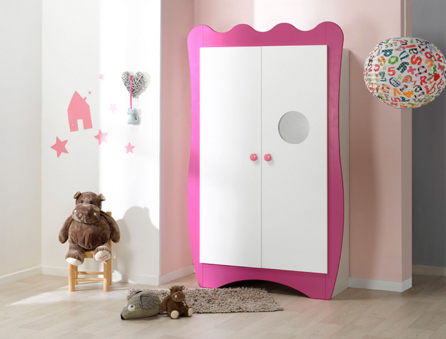 Armoire chambre b b collection doudou katherine roumanoff for Decoration murale katherine roumanoff