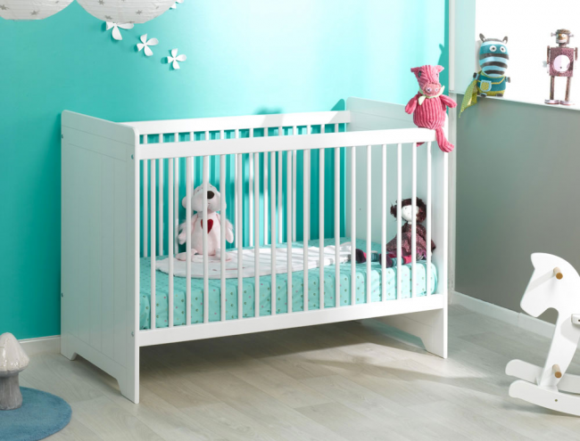 lit barreaux b b oslo blanc chambrekids. Black Bedroom Furniture Sets. Home Design Ideas