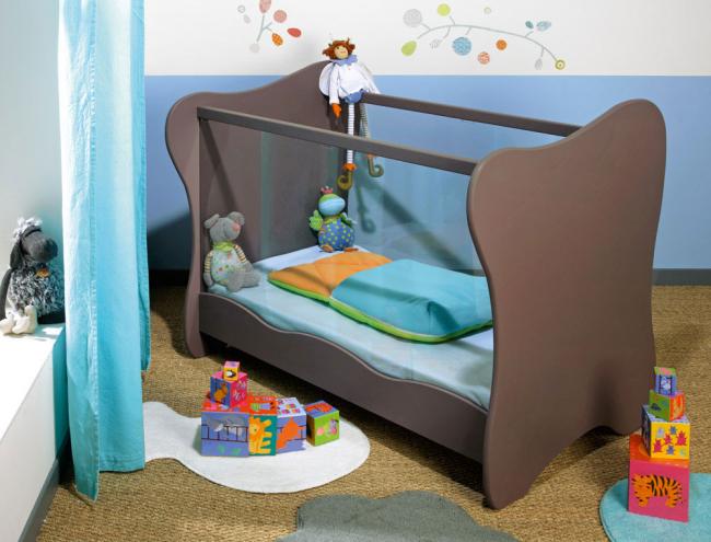 lit b b plexiglas iris taupe chambrekids. Black Bedroom Furniture Sets. Home Design Ideas