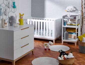 Petite chambre bébé Evidence blanc/Hêtre avec table à langer