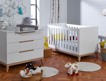 chambre-bébé-blanc-Hêtre-commode-lit-plan-à-langer-Evidence