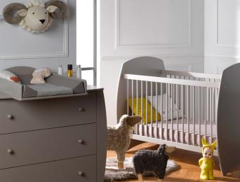 chambre-bébé-lit-70x140-commode-plan-à-langer-Sable-Lin-Médéa